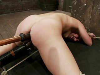 Порно длинные анальные игрушки