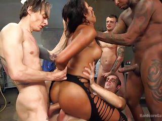 Групповое порно толстых