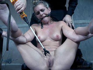Порно оргазм би